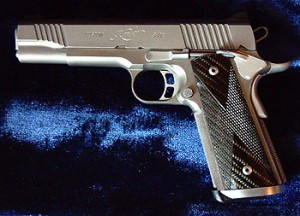 Kimber Gold Combat Stainless Steel 1911